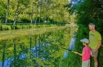 Camping 4 étoiles étang de pêche