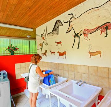 Camping 4 étoiles sanitaires Périgod